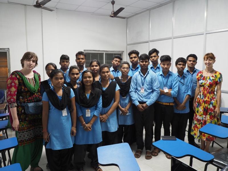 Со студентами-сора Университета Центурион