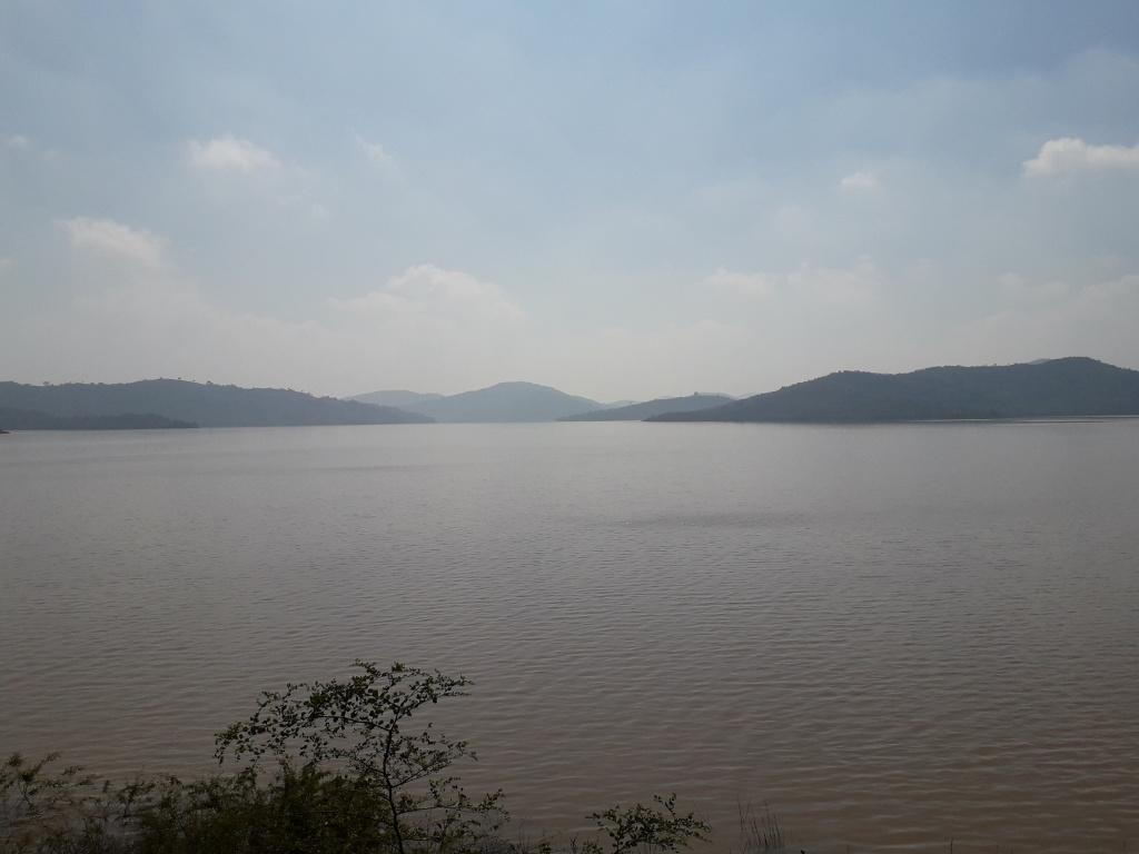 Водохранилище  в районе дамбы Верхней Колам